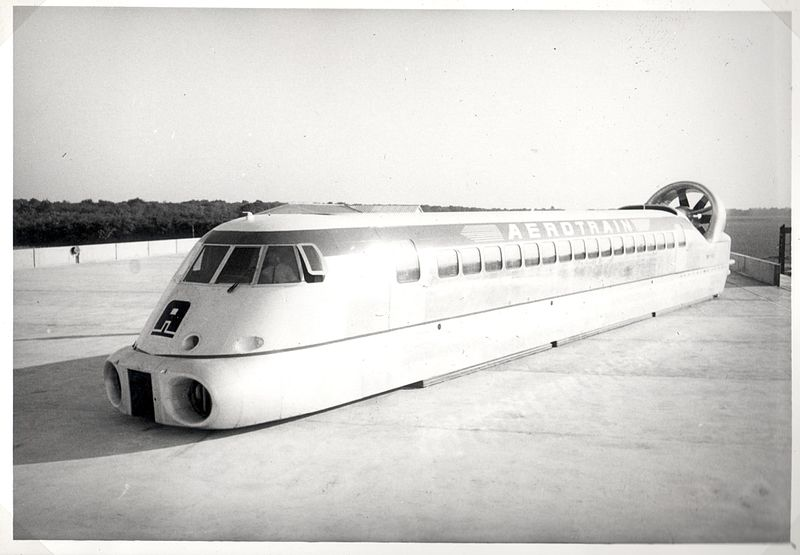 Black and white photo of the Aérotrain I80-250 prototype