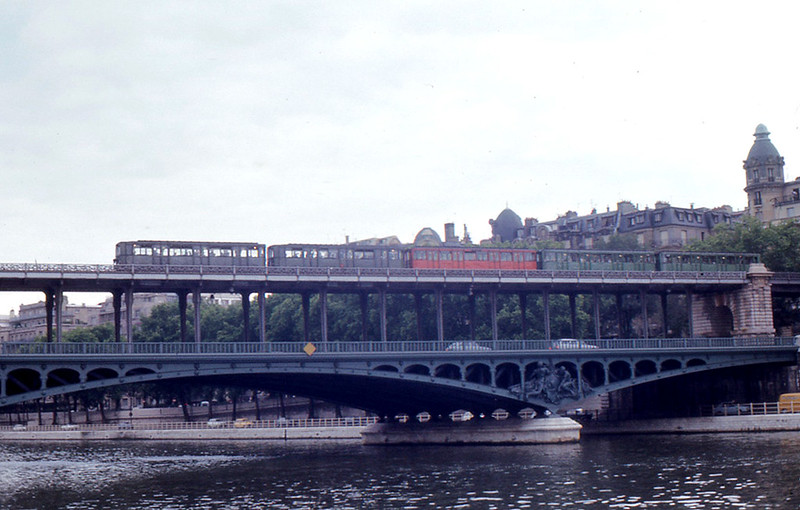The Pont de Bir-Hakeim, 1973